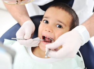 How to Find Painless Wisdom Tooth Extraction Dentists for Kids in Waterloo?